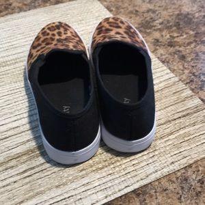 Relativity Shoes - Shoes
